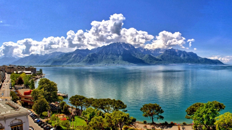 about-montreux